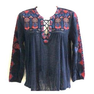 Lucky Brand long sleeve embroidered top sz XS
